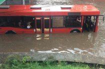 Вода, вода…Казань опять серьезно затопило после сильного ливня