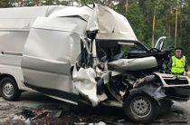 Один человек погиб и шестеро пострадали в ДТП под Екатеринбургом