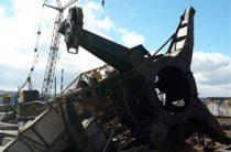В Кирове на стройке рухнул башенный кран, машинист в больнице