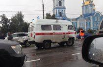 В Ульяновске водитель на «Опеле» врезался машину «скорой», пострадал подросток