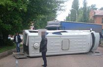 В Башкирии несколько человек пострадали при столкновении автобуса и фуры