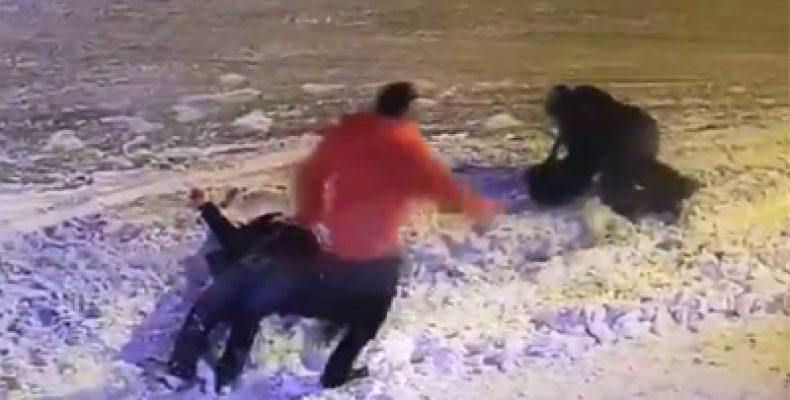 В Казани неизвестный расстрелял двух человек и скрылся (Видео)
