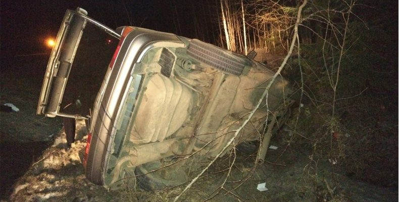 В Кировской области пьяный водитель на иномарке на «встречке» врезался в ВАЗ, погибли 5 человек
