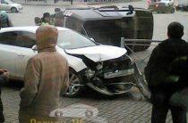 В Казани после столкновения с «Опелем» перевернулся Land Rover