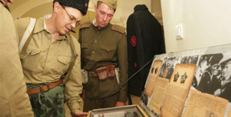 Нацмузей РТ приглашает на выставку «Прикосновение к войне»