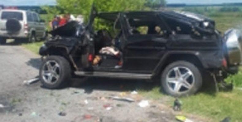 В Ульяновской области при опрокидывании Mercedes Gelandewagen пострадали пять человек