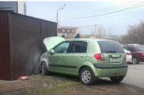 В Челябинске иномарка сбила школьницу на тротуаре