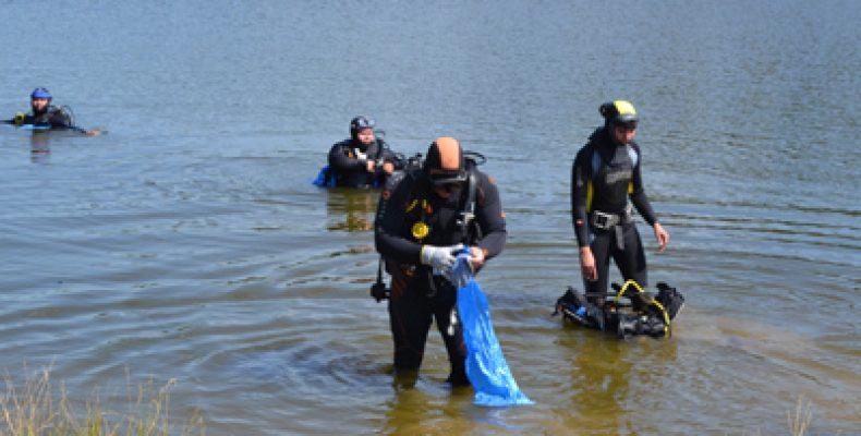 На озере Лесном в Авиастроительном районе Казани активисты собрали 130 мешков мусора