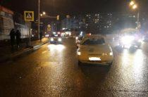 В Уфе 22-летняя автоледи сбила женщину с ребенком на пешеходном переходе
