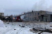 В Ленобласти на заводе прогремел взрыв, обрушилась часть здания, пострадали 4 человека