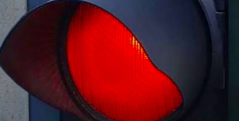 В Казани насмерть сбили молодого мужчину, переходившего на «красный»