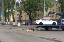 В Самаре мотоцикл врезался в эвакуатор, погибли два человека