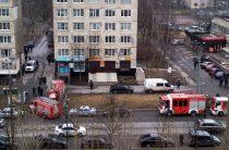 В Санкт-Петербурге в жилом доме обезврежена бомба, трое задержаны