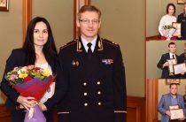Артем Хохорин поблагодарил сотрудников двух банков за помощь в поимке преступника